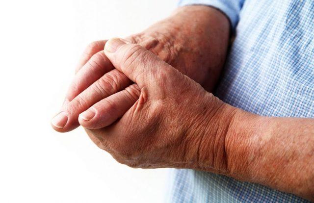 Хвороби суглобів пальців рук: види, причини, симптоми і лікування