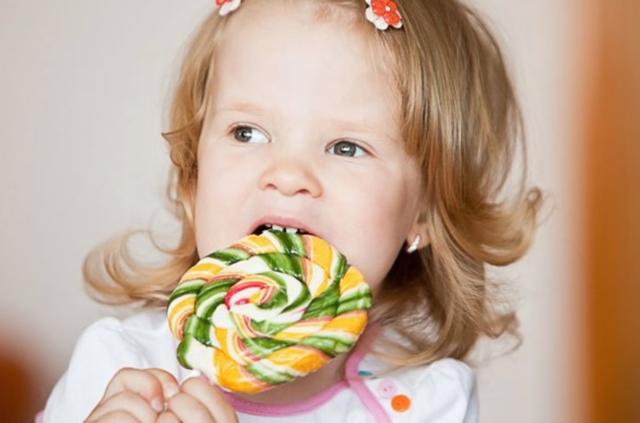 Алергія на солодке у дітей: симптоми і лікування