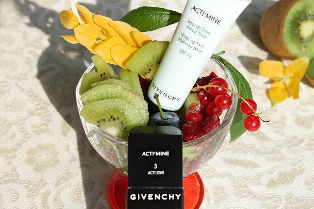 База під макіяж Givenchy actimine, основа Живанши і відгуки про неї