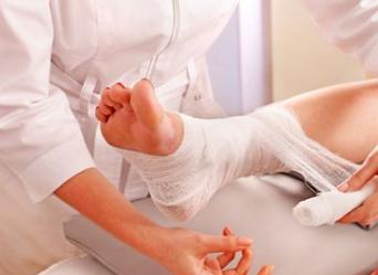 Лікування розтягнення зв'язок гомілковостопного суглоба в домашніх умовах